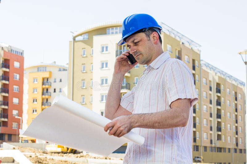 看项目的建筑经理 免版税库存图片