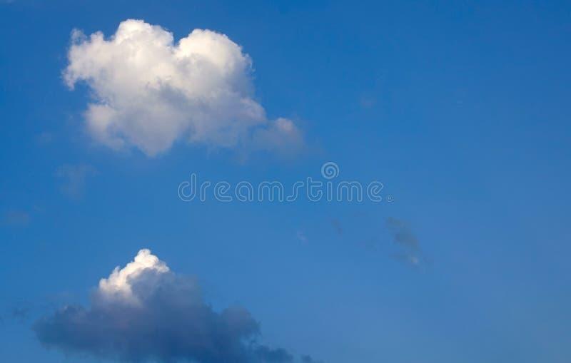 真正的心形的云彩 库存图片
