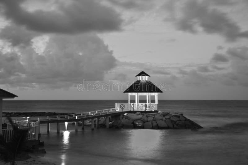 眺望台在一个热带地点 图库摄影