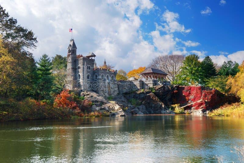 眺望楼城堡中心城市新的公园约克 免版税库存照片