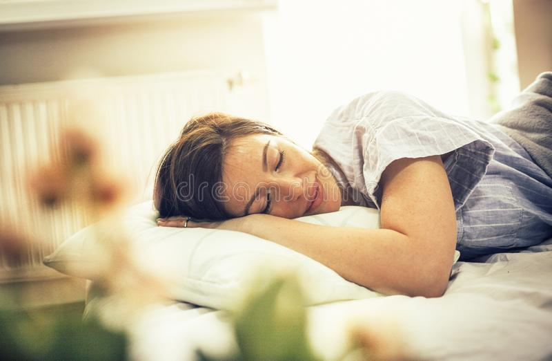 睡眠好的It's有益于您的健康 免版税库存图片