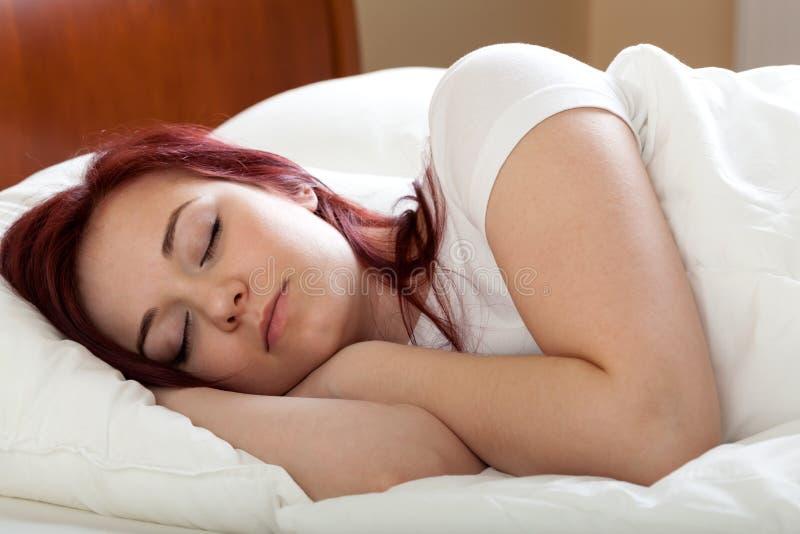 睡觉的妇女 库存图片