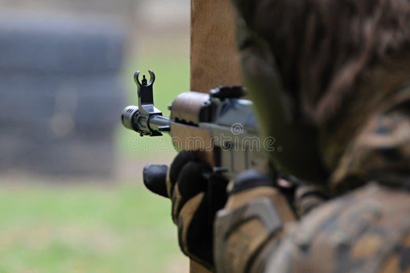 瞄准射击者 库存照片