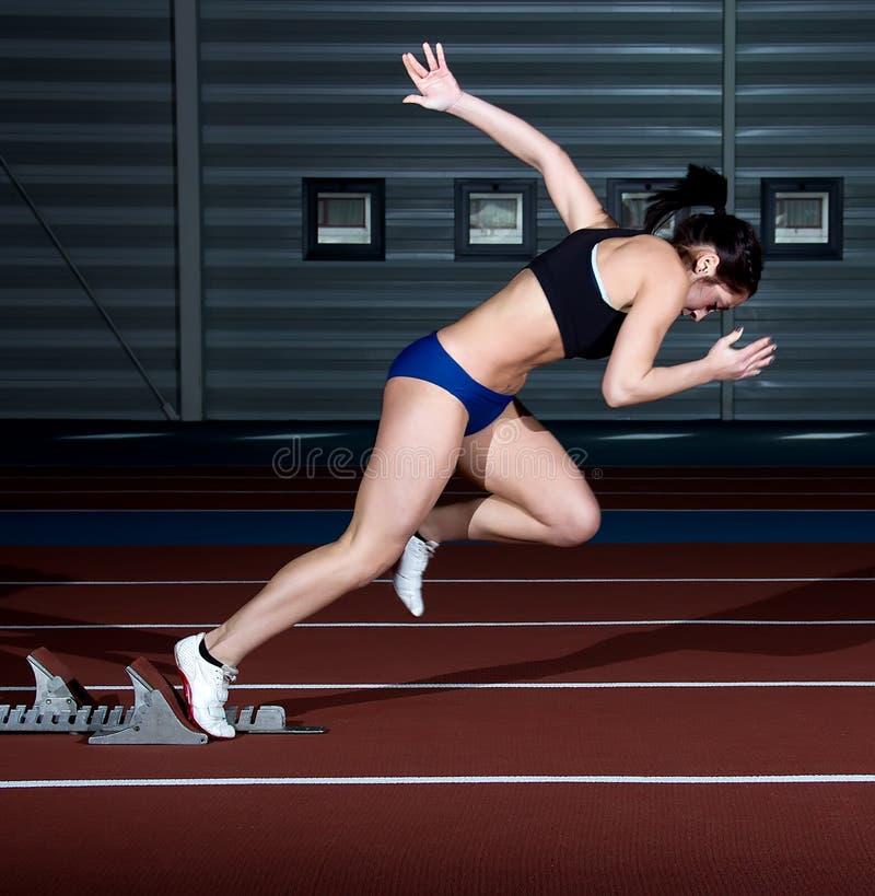 短跑选手妇女 免版税库存照片