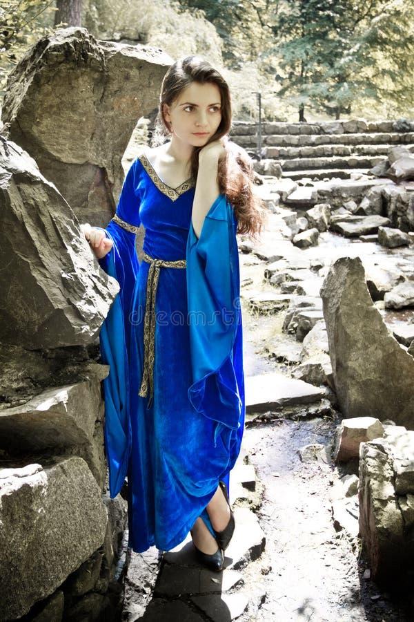 矮子庭院公主石头 库存照片