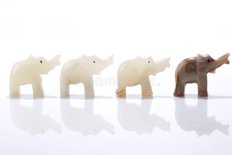 矮小的大象四小雕象 库存照片