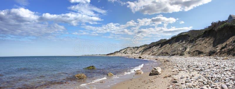 石块海岛海岸全景 图库摄影