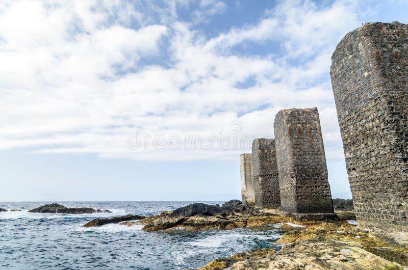石塔在戈梅拉岛海岛,加那利群岛 库存图片