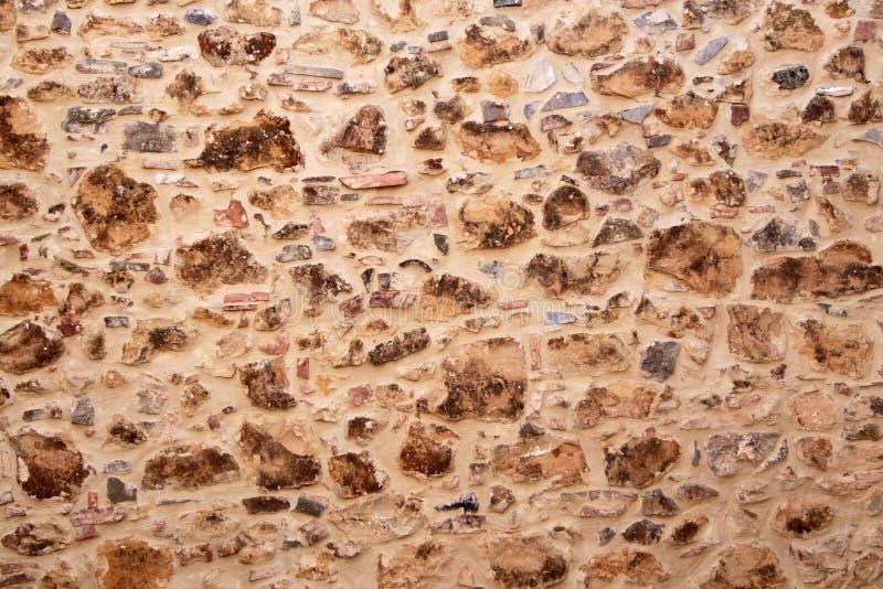 Download 石墙 库存图片. 图片 包括有 岩石, 表面, 背包, 经纪, 布琼布拉, 石头, 结构, 不列塔尼的, 详细资料 - 15694691