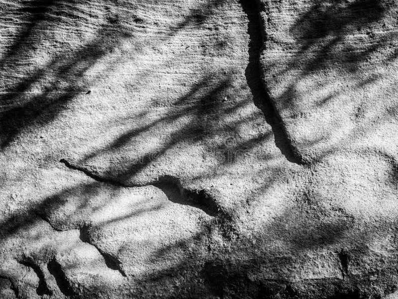 石头和阴影在峭壁Pha Taem国立公园 库存照片