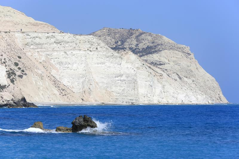 石头在海运 免版税库存照片