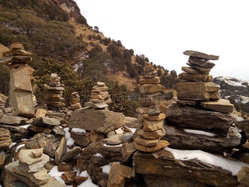 石头被做象房子在kalinchock尼泊尔kuri村庄 免版税库存图片