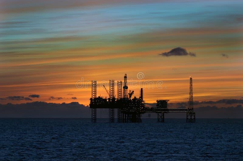 石油平台在北海 免版税库存照片