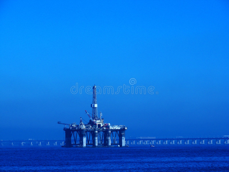 石油平台 免版税库存图片