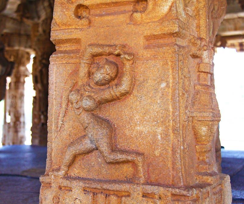 石浅浮雕雕塑在亨比,卡纳塔克邦,印度 免版税库存照片