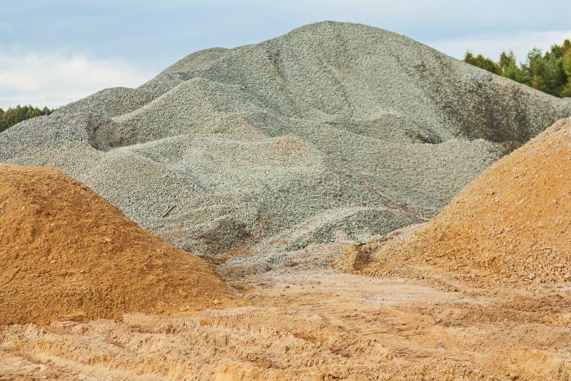 石渣和沙子 免版税库存照片