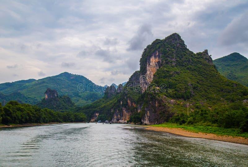 石灰岩地区常见的地形山在桂林,中国 库存照片