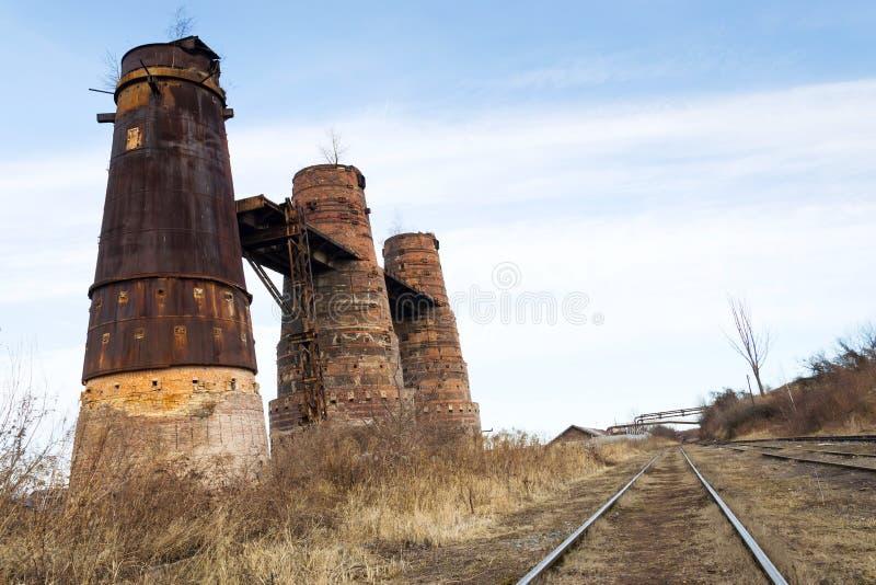 石灰窑在Kladno,捷克,全国文化纪念碑 免版税库存图片