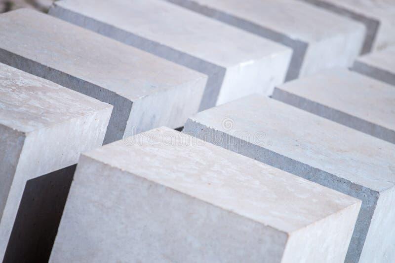 石立方体抽象设计  免版税库存照片