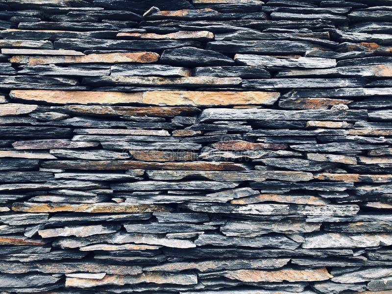 石背景石头; Â岩石; Â石头上下文设置背景灰色黑色 库存照片