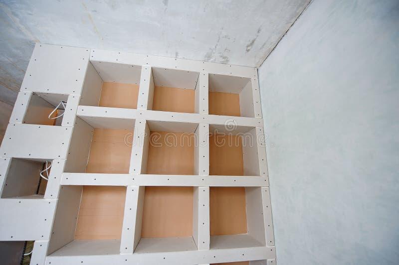 石膏板建筑住房修理,分开 免版税库存照片