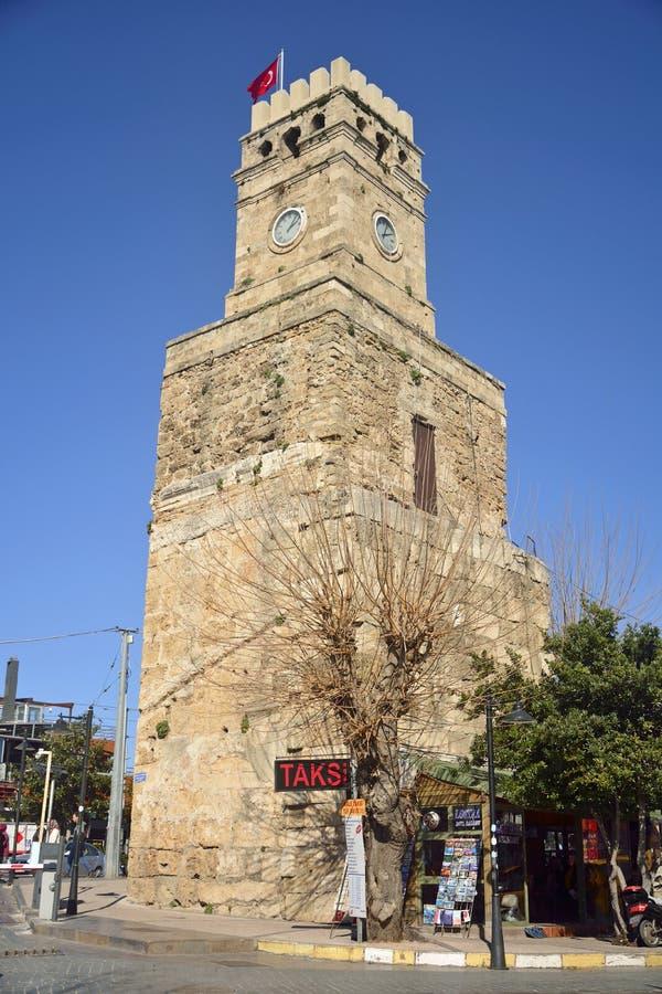 石钟楼在街市安塔利亚,土耳其 免版税库存图片