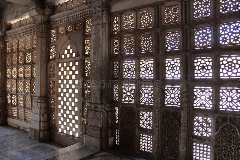 石jali工作 Indo-Saracenic建筑风格,马卡尔巴 Sarkhej Roza,艾哈迈达巴德 库存图片