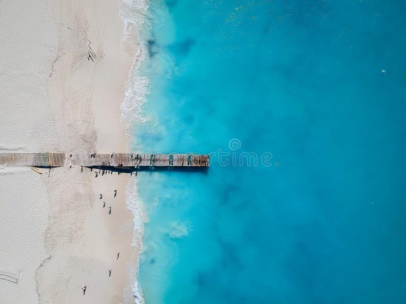 码头寄生虫照片在雍容海湾、Providenciales,土耳其人和凯科斯 免版税库存图片