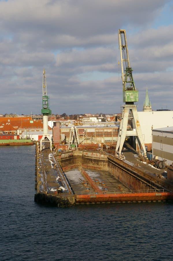 码头干燥船 库存图片