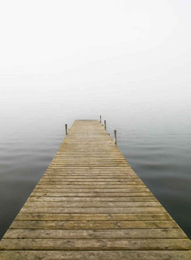 码头薄雾 免版税库存图片