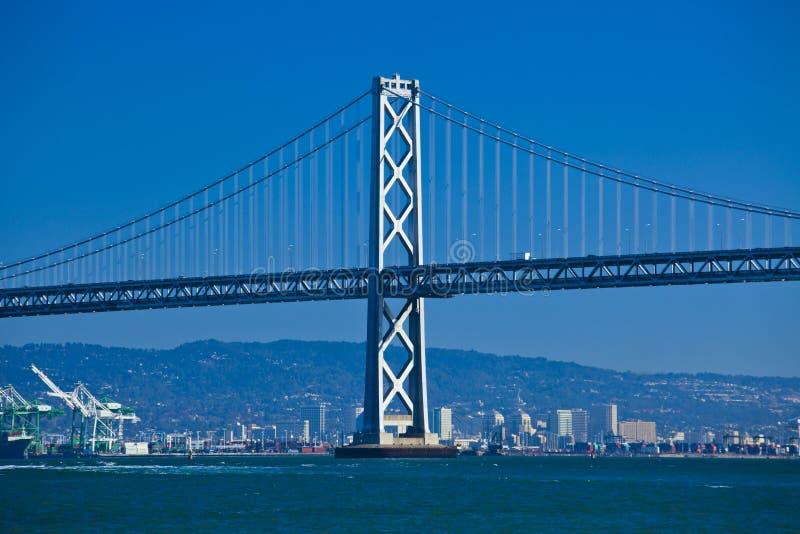 从码头七的奥克兰桥梁 图库摄影