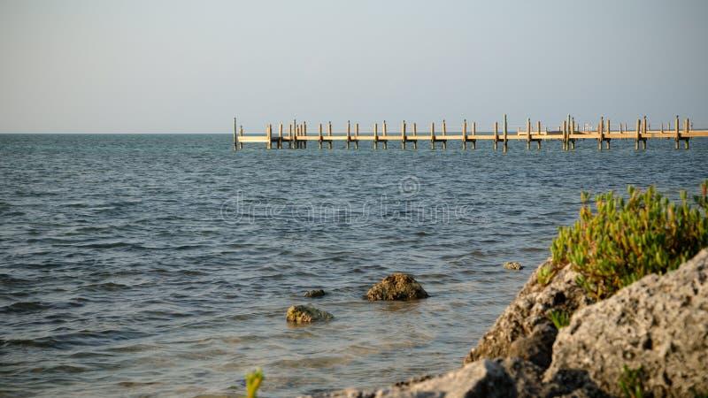 码头在海洋 免版税库存照片