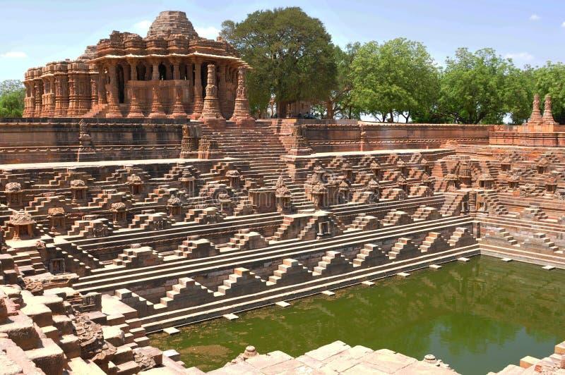 砂岩太阳寺庙,Modhera,古杰雷特,印度 免版税库存照片