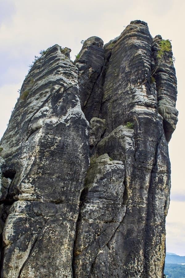 砂岩峭壁在'萨克森瑞士 免版税库存照片