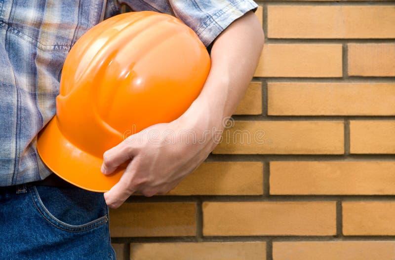 砌砖工砖泥工墙壁 免版税库存图片