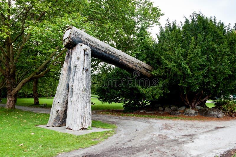 砍木柴者的曲拱,史丹利公园,温哥华,不列颠哥伦比亚省,能 免版税库存图片