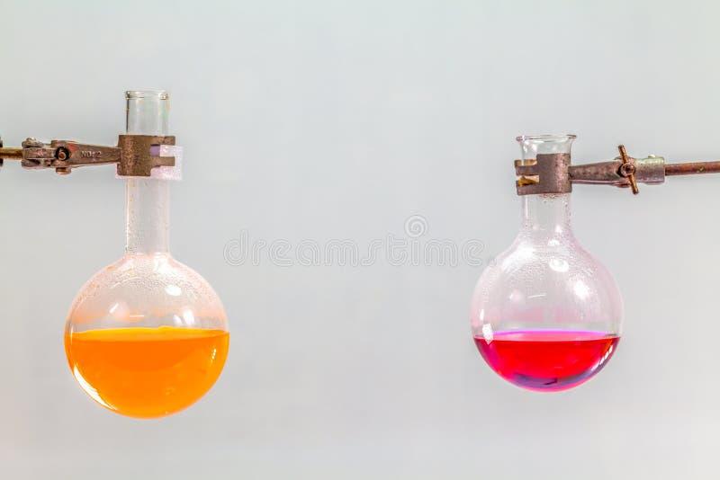 研究和实验在实验室屋子里 库存照片