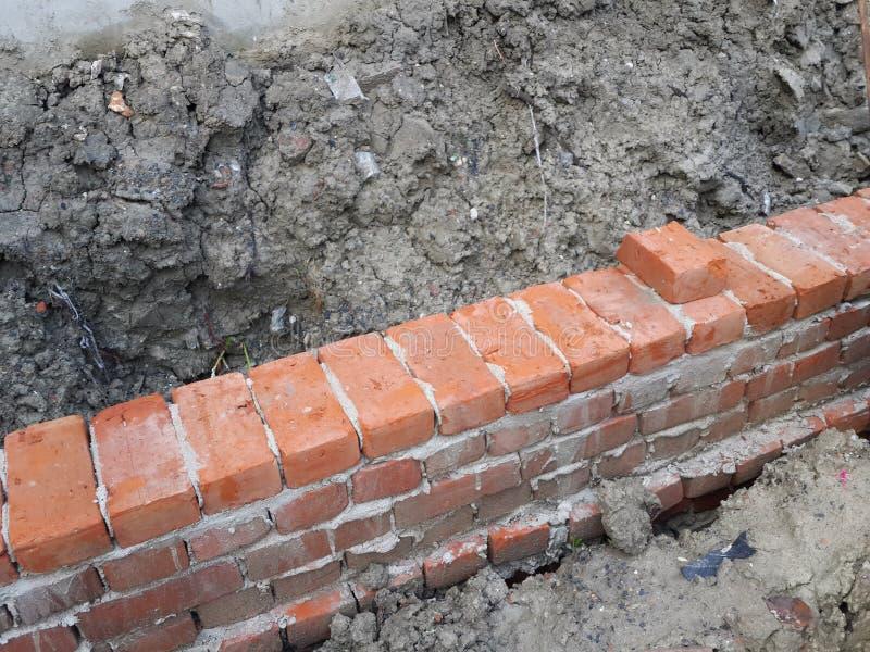 砖墙建设中 库存照片