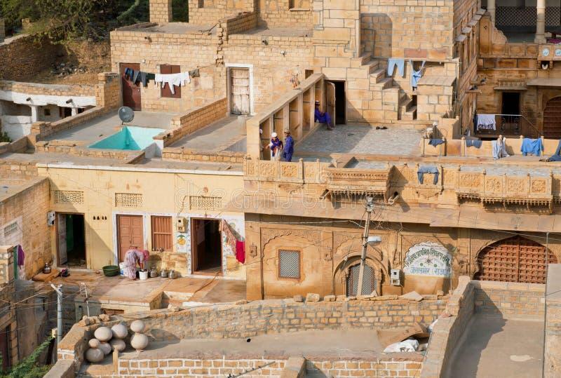 砖房子在印度城市 免版税库存照片