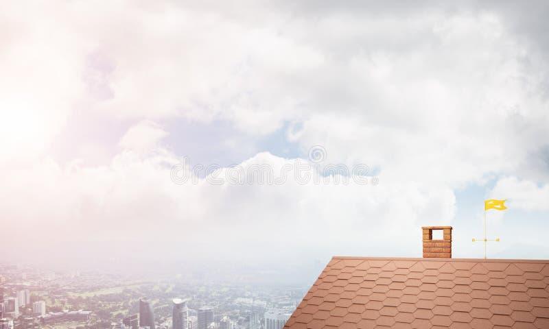 砖房子屋顶和现代都市风景在背景 库存图片