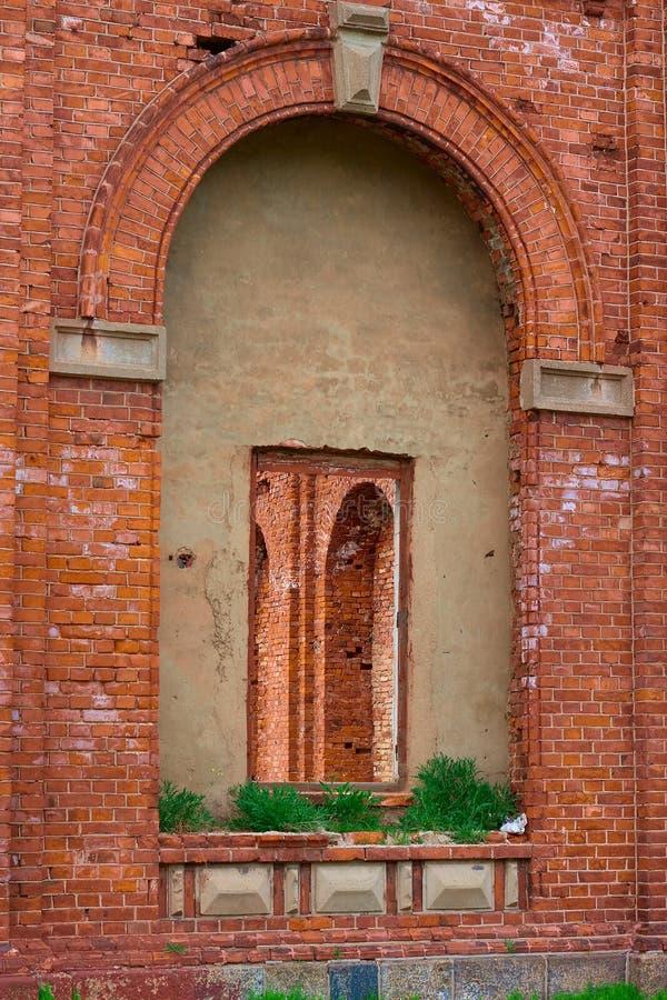 砖红色视窗 免版税图库摄影