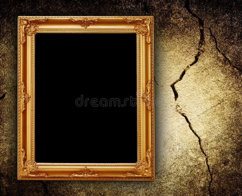 破裂的框架照片墙壁 图库摄影