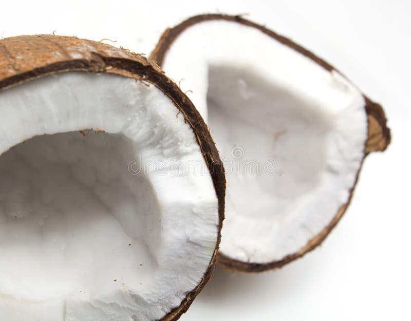 破裂的椰子特写镜头  图库摄影