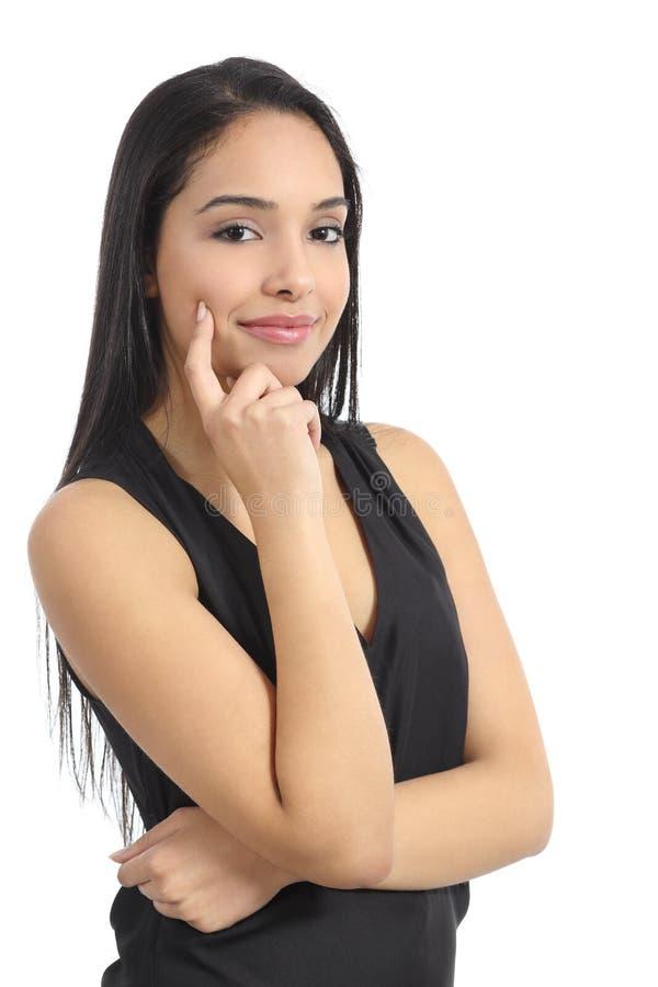 确信的愉快的阿拉伯妇女式样微笑 免版税图库摄影