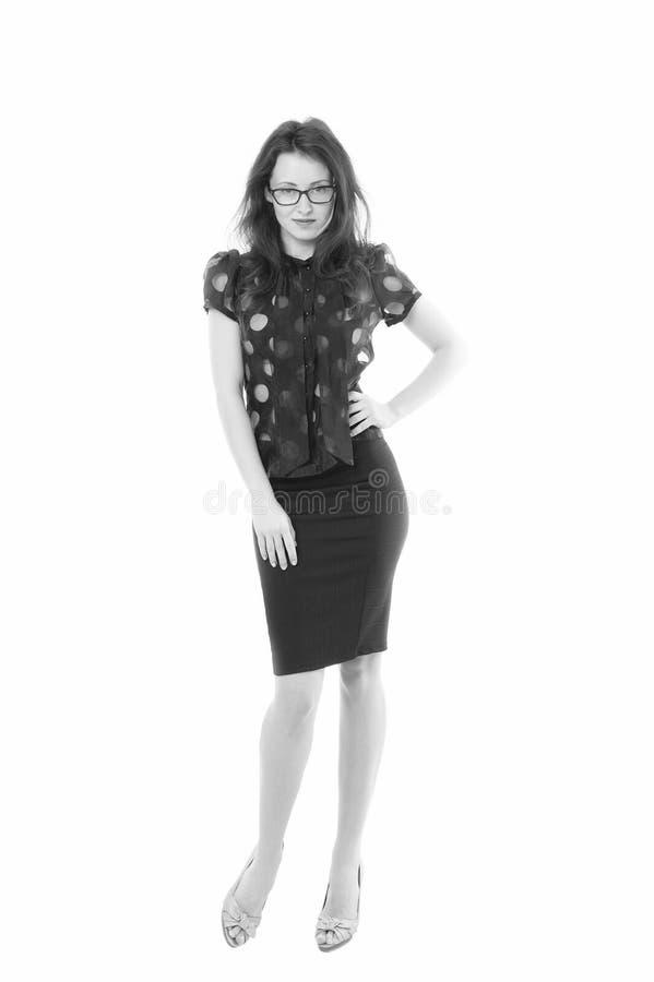 确信的秀丽 r 在白色隔绝的性感的公司妇女 玻璃的秘书 正装代码 免版税库存照片