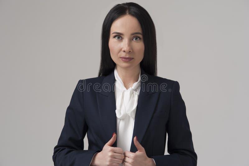 确信的穿着体面的女商人或经理 库存照片