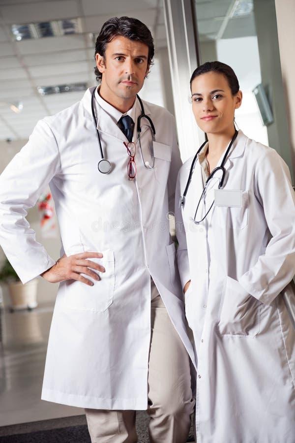 确信的医疗专家 免版税库存照片