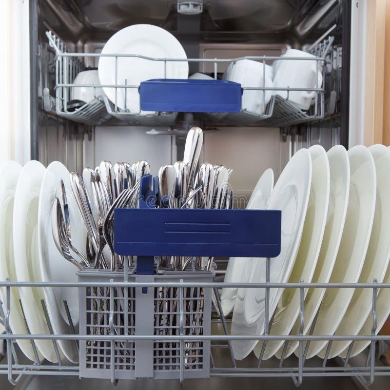 洗碗机 库存图片
