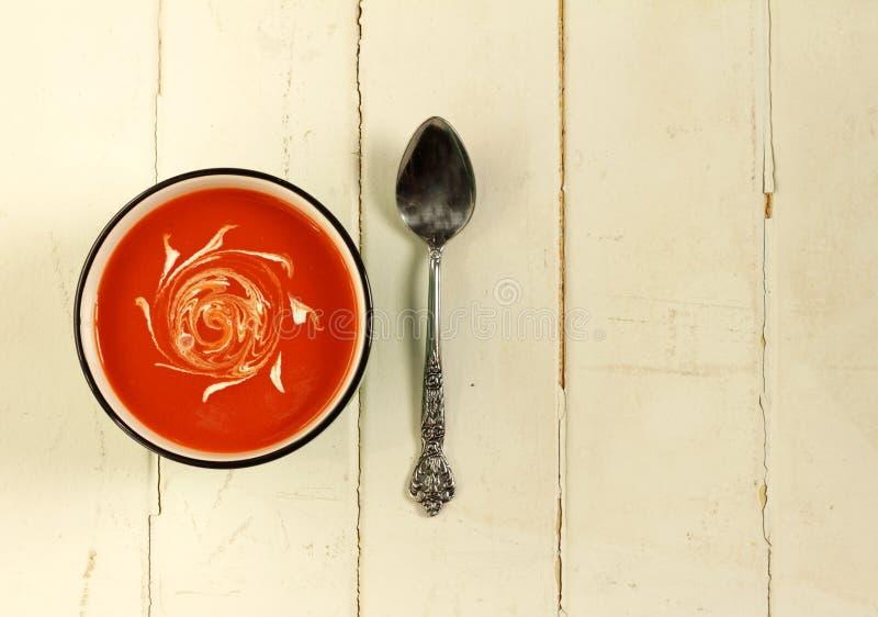 碗汤蕃茄蔬菜 库存图片