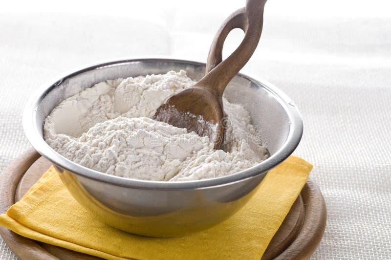 碗面粉白色 免版税库存照片